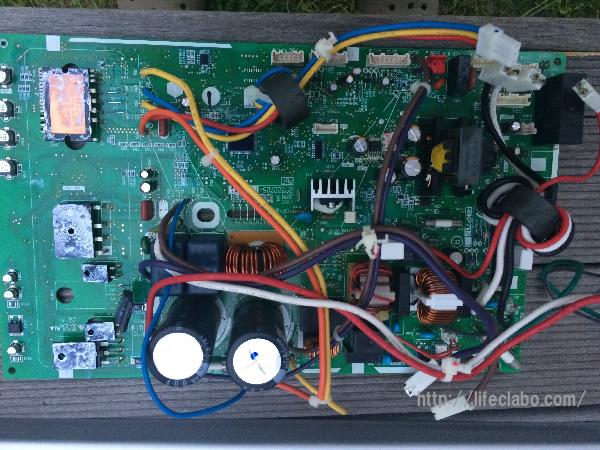ダイキンのエアコンの制御基盤